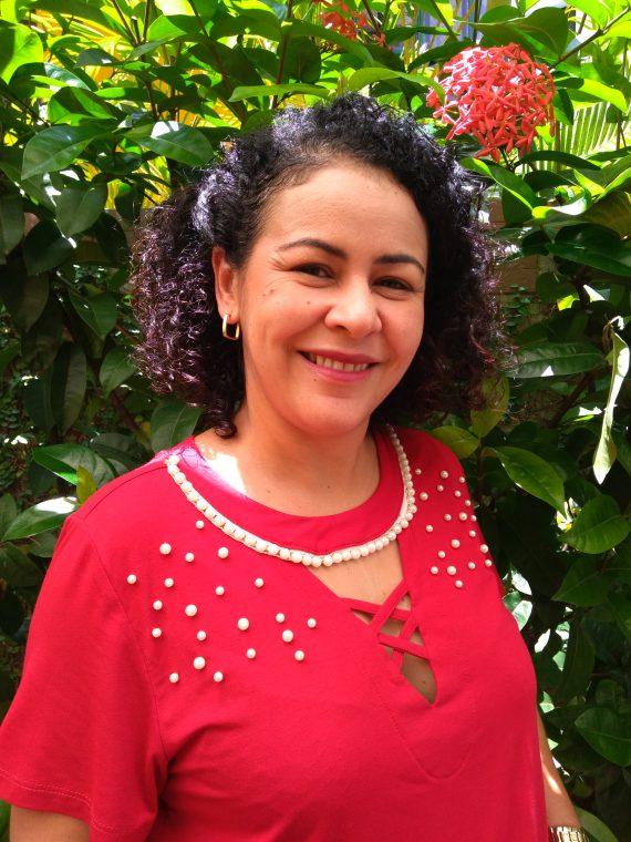 Raquel Guirra